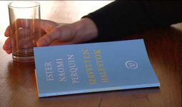 Ester Naomi Perquin: 'Servetten halfstok'