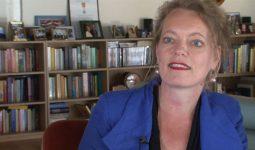 Gerdien Verschoor: 'De draad en de vliegende naald'